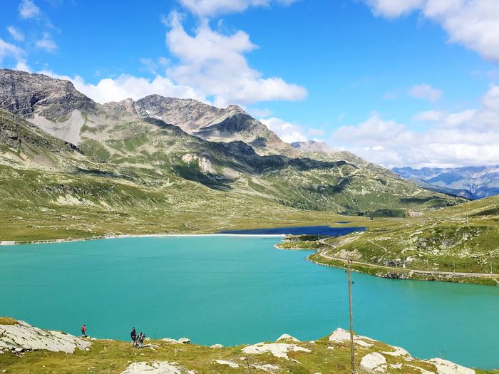 Bernina Lago Bianco Lago Nero Relaxing Amazing View Hello World Enjoying Life Holiday Summertime Italian Mountains Swiss Mountains Si Viaggiare
