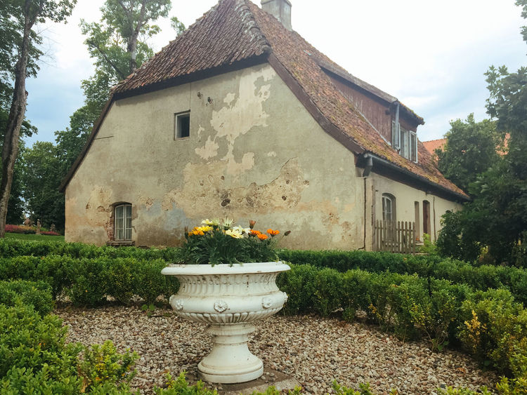 Old house and garden, Kuldiga, Latvia Architecture Building Exterior Built Structure Day Exterior Façade House Kuldiga Latvia Old Outdoors Plant Residential Structure Roof Wall Window