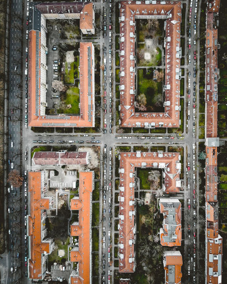 Architecture DJI X Eyeem From Above  Inner Courtyard Orthogonal Satellite View Streets Traffic Aerial View Architecture Building Built Structure City City Planning Cityscape Day Directly Above Dronephotography High Angle View Rectangle Rectangular Residential District Street Surveillance Symmetry 10 The Architect - 2018 EyeEm Awards
