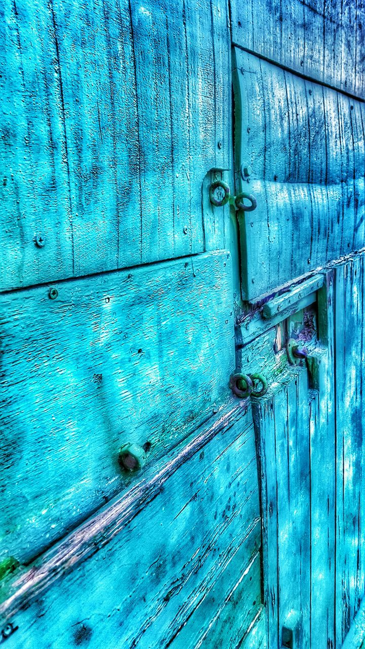 door, wood - material, closed, protection, safety, security, backgrounds, lock, padlock, blue, outdoors, full frame, textured, close-up, latch, weathered, old-fashioned, no people, day, hinge