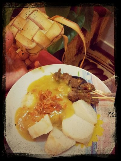 dinner time with home made sate Padang by Umi... yummy