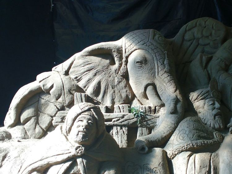 Mud Mud Sculpture Elephant Ligth And Shadow Morning Light Sculpture