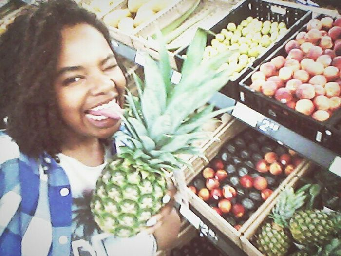 In love with Fruits..lol Taking Photos Cheese! Hello World That's Me Pretty♡ Smile ✌ Mumblr Tumblrgirl Model Fresh Fruits Colorful Selfie ✌ Goofy Beautiful Young Life Hanging Out Family❤ Chill Curvyisthenewsexy Baddie ❤ Reni Oshun Ig Pineapple🍍 Dope♡