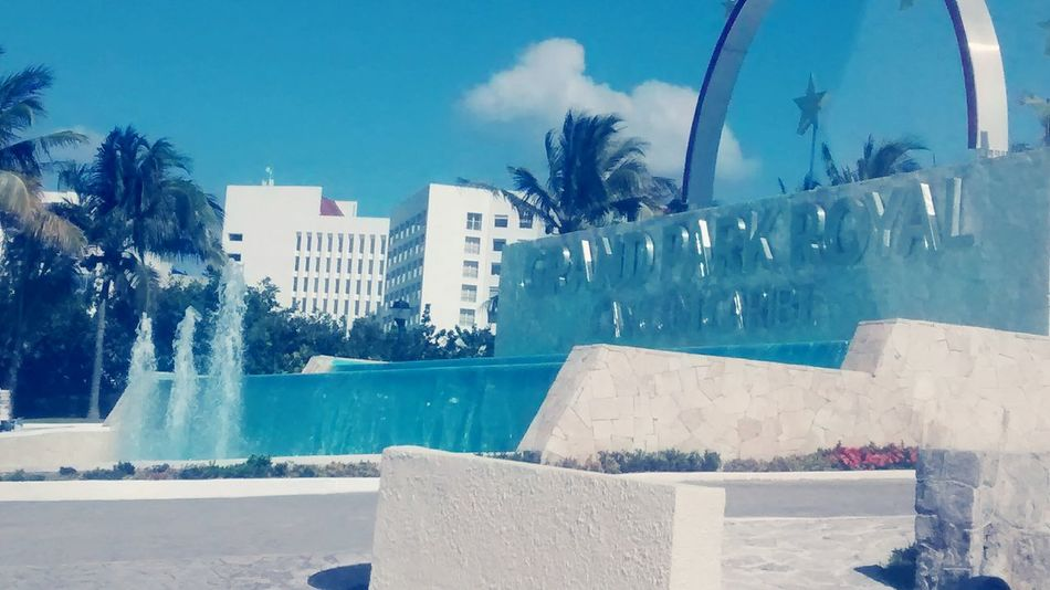 Checking In Checking Out Day6 Mi Mexico Cancun Workin Hard Hello World Relaxing Party Time Partypeople Autumn Colors