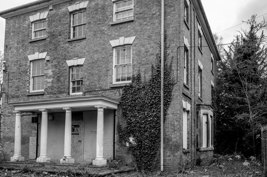 Derelict house, Rugby, Warwickshire Monochrome Warwickshire Rugbytown FUJIFILM X-T10 Rugby Black And White Architecture