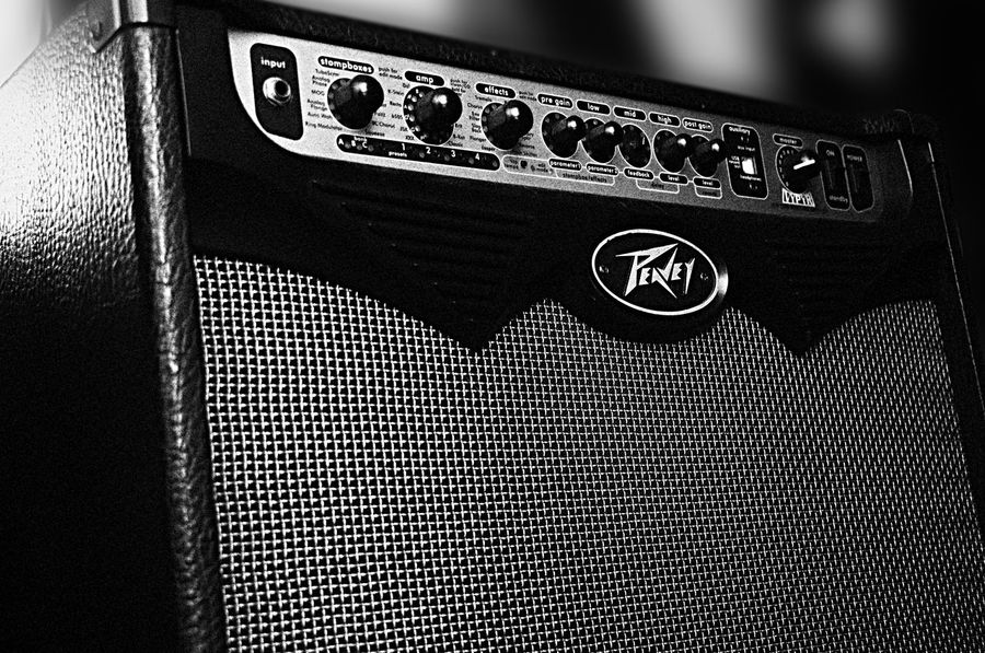 Rock Amplifier Blackandwhite Close-up Contrast Detail Music Music Is My Life Musician No People Oasis Peavey Technology