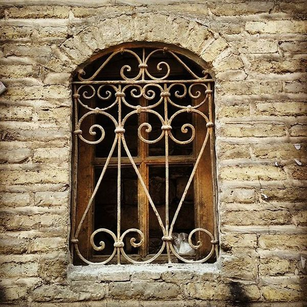 Window Oldwindow Woodenwindow Iran Tehran Tehranpic Streetpic تهران قدیمی