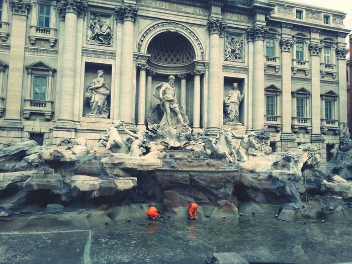 work in progress Trevi Fountain Roma Fontana Di Trevi Empty Waterless Work In Progress Work Cleaning Cleaning Equipment Monument Waterfountain Art Moving Around Rome Ancient Rome Male Likeness Carving - Craft Product Sculpted Fountain Female Likeness Fine Art Statue