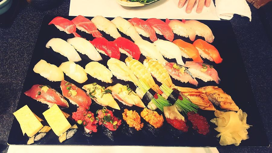 BIG meal.美味しい😋😚 Sushi Japanese Food Japanese Style Sushilover Sushi Night Healthy Eating Sushi Lover Not Fat! Enjoying A Meal Diet Later Ready-to-eat Work Hard Eat Harder Sushi Party!!! EyeEmNewHere