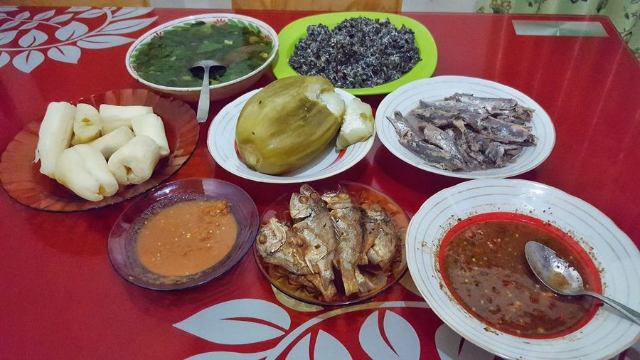 healty food Tasty Tastyfood Delicious DeliciousFood  Fish Sauce Cassava Vegetable Papaya Table Plate High Angle View Close-up Ready-to-eat Leaf Vegetable Healthy Nutrition