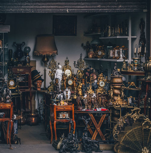 Moscow Abundance Antique Antique Shop Arrangement Art And Craft Choice Collection Container Craft Flee Market For Sale Indoors  Large Group Of Objects No People Retail  Retail Display Sale Shelf Shopping Store Table Variation Vintage