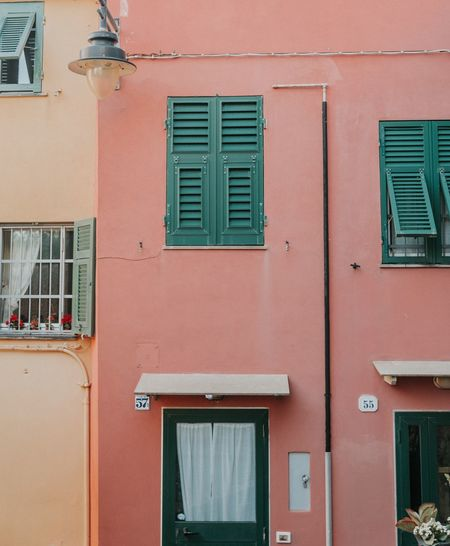 Wandering in streets of Bocadasse 🇮🇹 and taking a pastel colours lesson. AArchitecturebBuilt StructurebBuilding ExteriorwWindownNo PeopleEEyeEm Best EditsEEyeEm Best ShotsEEyeEm GalleryEEyeEmBestPicsTTypicaliItalyCClassicTThe Street Photographer - 2017 EyeEm AwardsCColorscColorfulcColourful LifeTThe Architect - 2017 EyeEm AwardsLLive For The Story