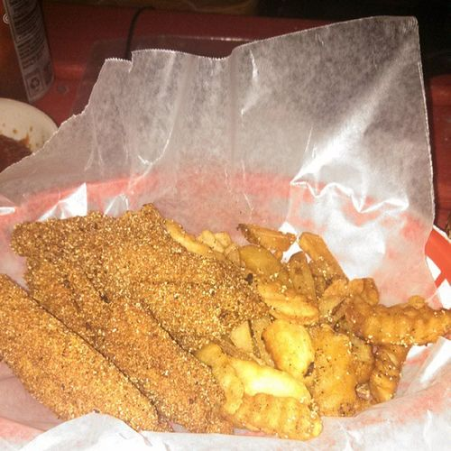 Catfish basket Brocooked Catfiah Spicy