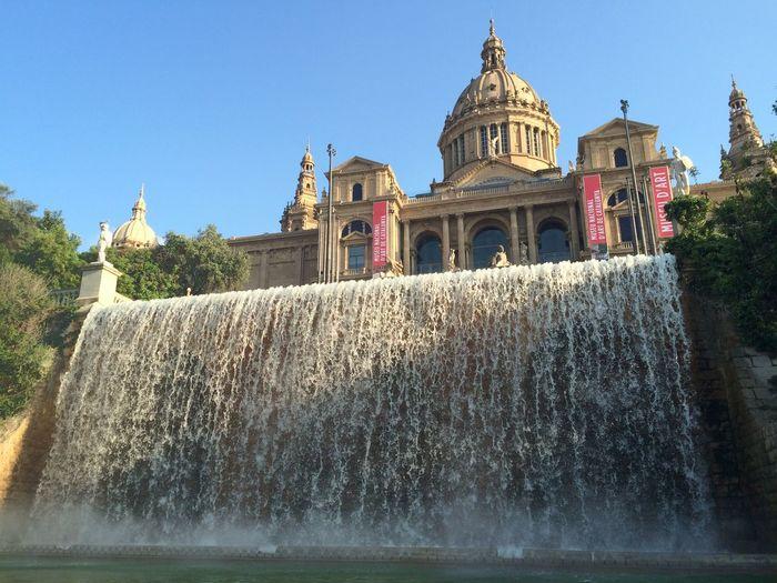 Waterfall Light And Shadow Lotti On Tour Barcelona