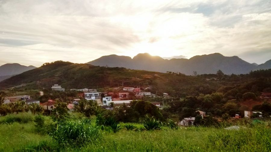 Capturing Freedom Guarapari Relaxing Mountains Sunset Sky And Clouds