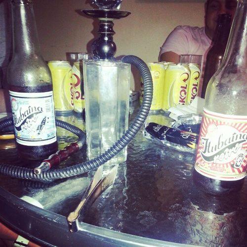 Existem duas pessoas erradas na mesa... NAFOLIA Friends Beer Carnaval