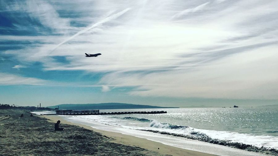 Take off Los Angeles, California California Pacific Ocean Sky Air Vehicle Water Sea Cloud - Sky Beach Airplane Flying Transportation Mode Of Transportation Horizon Over Water Mid-air