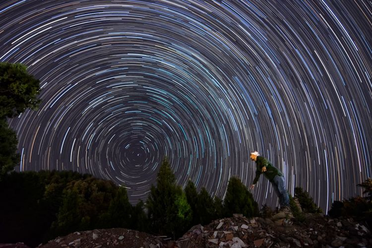 man and the star trails Stars Star Trail Sky Nightphotography Nightphotography Nightlife Night Photography Nikon Nikonphotography Nature_collection Long Exposure Man Eye4photography  Sunset #sun #clouds #skylovers #sky #nature #beautifulinnature #naturalbeauty #photography #landscape Photography EyeEm Selects Astronomy Star Trail Concentric Star - Space Illuminated Long Exposure Awe Milky Way Sky Architecture Star Field Starry Galaxy Star A New Beginning