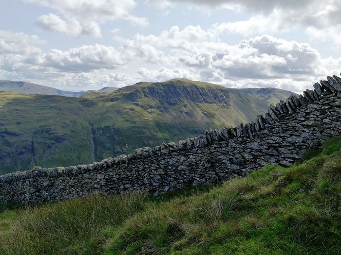 Lake District Wall Wall Stone Wall Lake District Ullswater Helvellyn Dry Stone Wall Rock Stone Mountain Mountains Countryside Rural Uk Scenery Mountain Rural Scene Sky Grass Landscape Cloud - Sky Mountain Range