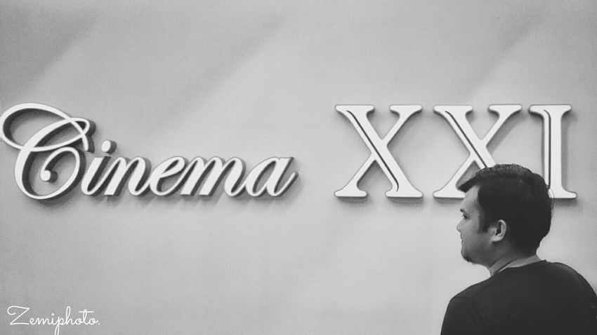 Cinema XXI - Center Point Mall Cinema21 Movie Premiere CinemaXXI Blackandwhite Black & White Blackandwhite Photography Smartphonephotography XperiaZ3compact EyeEm Best Shots - Black + White Zemiphoto
