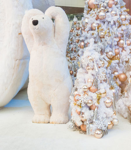 Bear Christmas Event Golden Love New Year Polar Bear Romantic Xmas Ball Christmas Decoration Christmas Tree Close-up Decoration Festival Gesture Millenium Sculpture Seasonal White