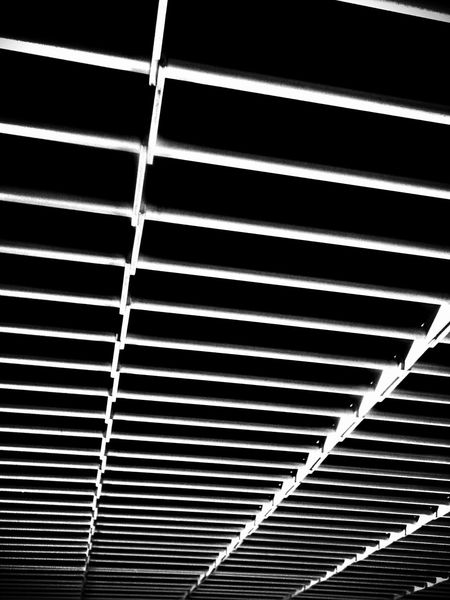 """""""Beyond The Box"""" by edemirbarrosfotografi Thinking Street Photography Out And About Hello World My View Check This Out First Eyeem Photo Abstractart Unique Eye4photography  EyeEmBestPics Longisland Paris Je T Aime Visual Poetry Darkness And Light Decode My Vision Thisismyworld I Love Art EyeEm Best Shots - Black + White Minimalism Ilovephotography PicArt Futuristic NYC Street Photography Abstract"""
