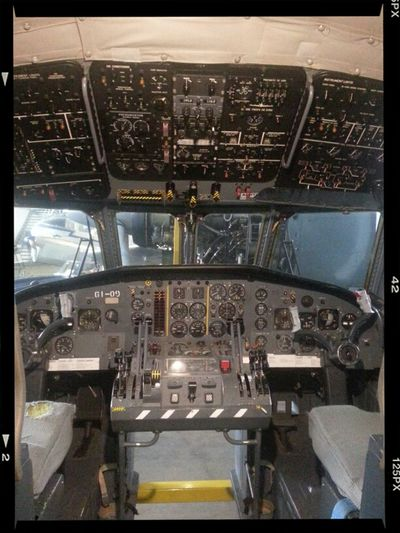 Flugzeug Cockpit Altes Flugzeug 61-09 Abgesägt Uhrenladen