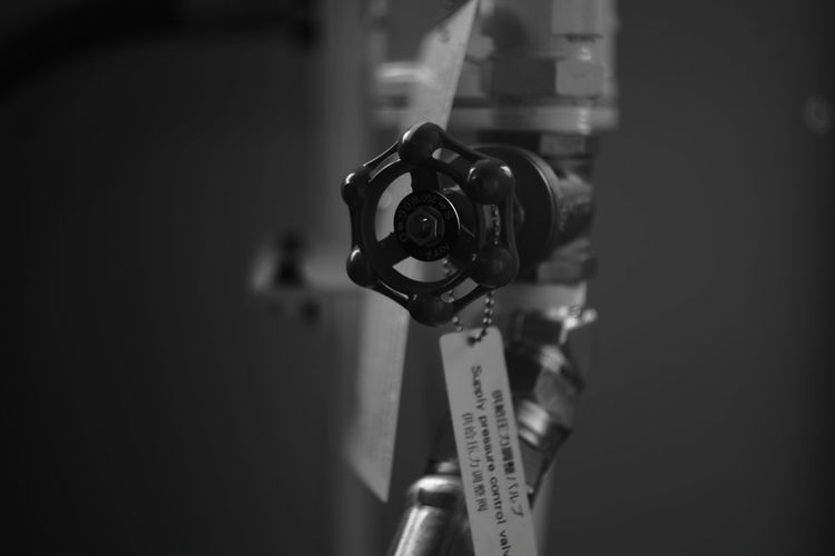 "The ""Valve"" fiction Black And White Japan Canon 35mm F1.8 L Vintage Lens My Photography Black & White Monochrome_life Vintage Lenses Fujifilm X-Pro1 Black And White Collection  Black And White Photography EyeEm Best Shots - Black + White Eyeem Black And White Valves Valve Machine Machines"