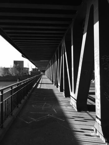 Architecture Bridge Brücke Connection Engineering Footpath Outdoors Pedestrian Walkway Sea