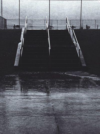 Blackens White Stairs Rain