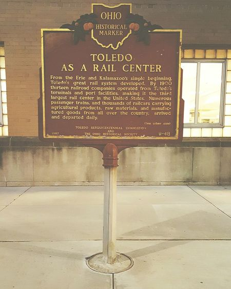 A lil history lesson enroute to Detroit Michigan... Signage Signs History Lesson Toledo, Ohio On The Way