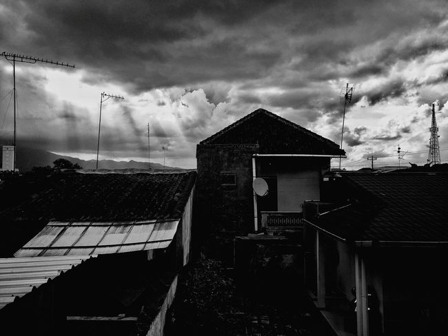 Cloud - Sky Sky Built Structure No People Architecture Outdoors Day Bird Oneplus3 Oneplus Cloud