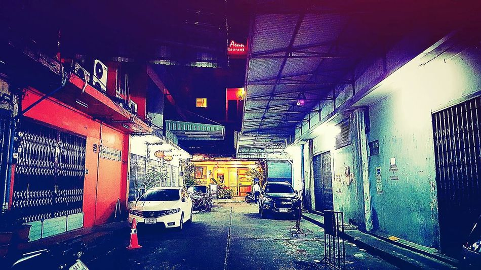 Street in the night Shoplots Street Photography Bangkok Thailand Bangkok Bangkok Street Night View My Capture  Travel Photography Travelgram Quiet Moments Cars Parked Roadside Streetview EyeEm Street Photography Hello World Shop Around The Corner Showcase June