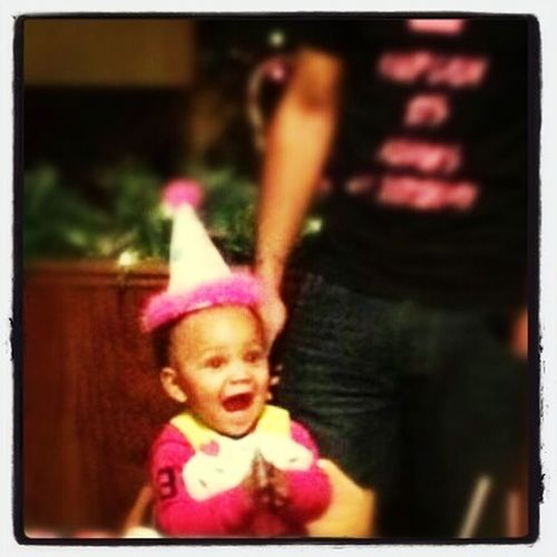 My Nieces Face At Her 1st Birthday Party Was Pricelss