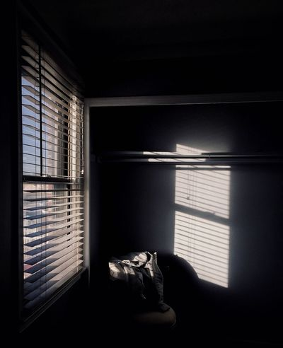 Phillylove ❤️ Shadows & Lights Shadow Window Indoors  Blinds Day Home Interior Sunlight No People Curtain