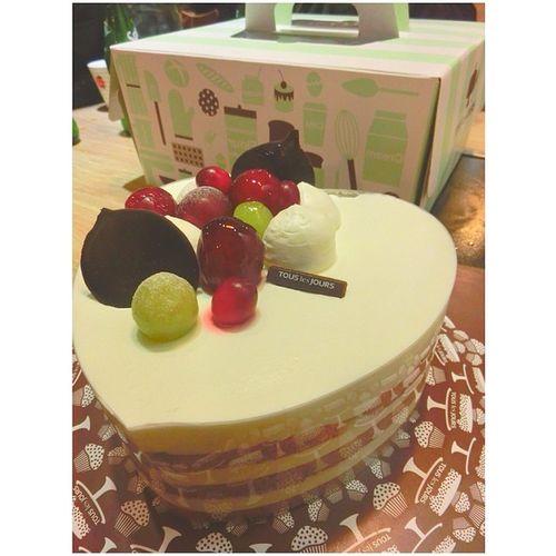 ? Birthday Gift Horse Wemonsday china beijing cake birthdaycake 多乐之日 蛋糕 生日蛋糕 케이크 생일케이크 happybirthday 24 instamood 생일축하해 생일 축하해 生日 生日快乐 squaready