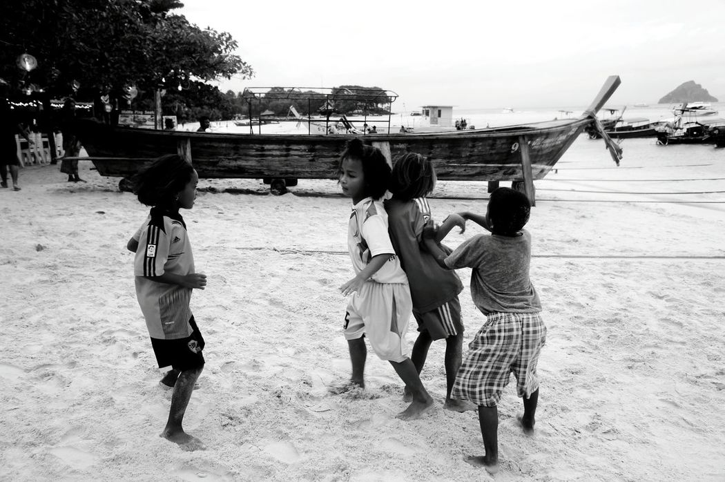 Child Togetherness Childhood Boys Girls Outdoors Beach Day Happiness Streetphotography Thailand Koh Phiphi From My Point Of View