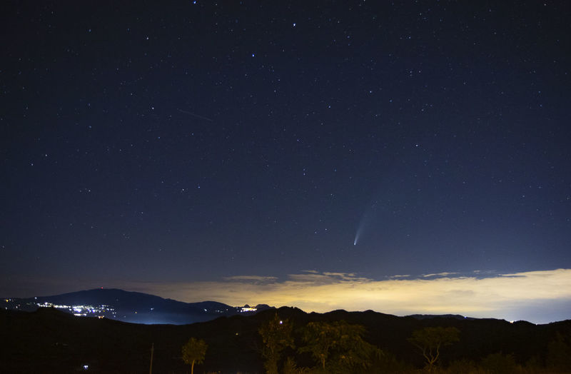 Comet and starry sky in peglio
