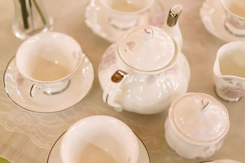 Indoors  Tradition No People Fragility Teapot Plate White Color Golden Gold White Shelf Arrangement For Sale Retail  Shopping Dishes Set Tea Set Plates Dishes Cup Antique Porcelain  Ceramics Afternoon Tea Japanese Tea Cup