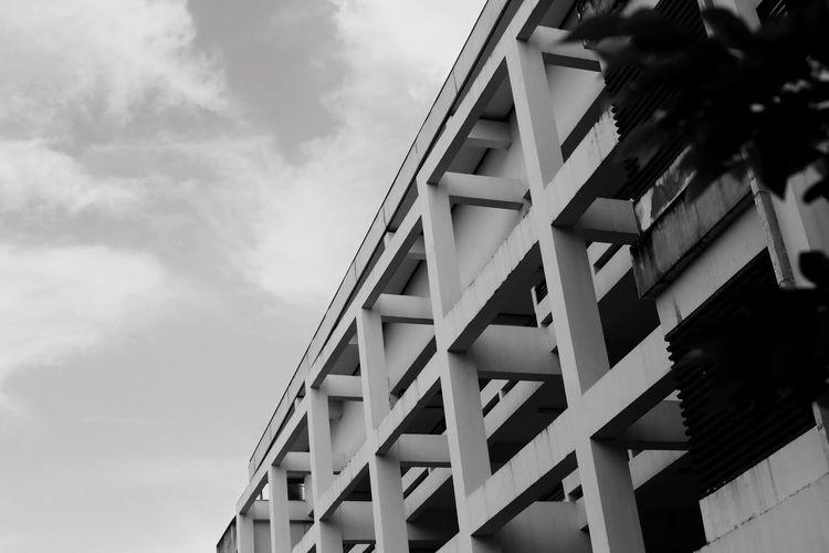 Faculty Of Architecture Built Structure Architecture Sky Low Angle View Cloud - Sky No People Building Exterior