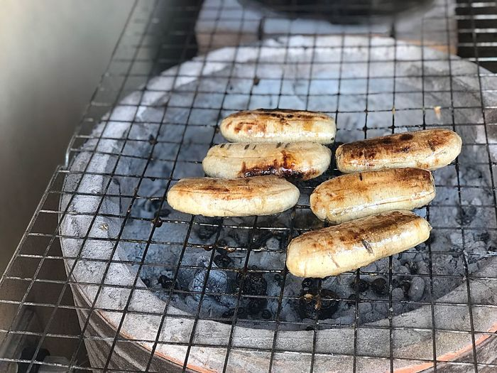 Grilled bananas for dessert being grilled on the rack Grilled Bananas Bananas Banana Leaf High Angle View No People Food And Drink Food Freshness Indoors  Day Ready-to-eat Close-up