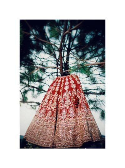 indian bride goals Indian Wedding Indian Bride Indian Culture  Lehenga Wedding Photography Bride Bridegroom