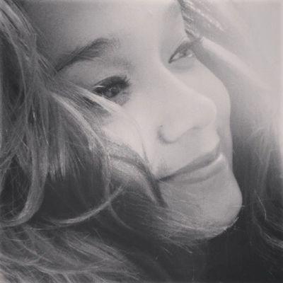 Y llegaste tu y me sorprendió el poder que había en este amor... y llegaste tu... aún recuerdo el momento en que todo cambio. ♡ @eddy.21.jmd Teextraño :( Teamo ♥