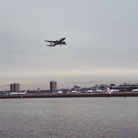 BA001 off to New York, via Shannon. Babybus Britishairways Airbus A318 ba001 londoncityairport