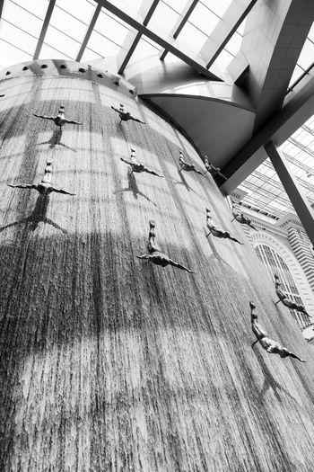 Artificial Sportsmen Artificial Waterfall Dubai Mall Travel Destinations