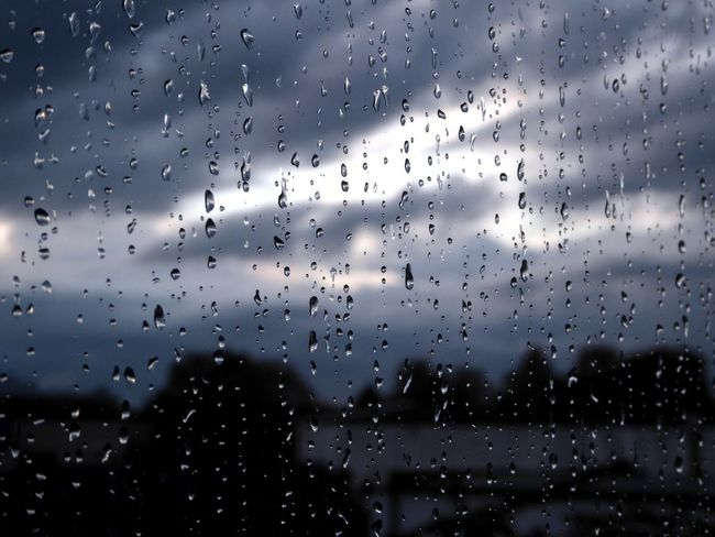 Art Is Everywhere Counting Raindrops Insteed Of Tears RainDrop Tranquil Scene Tranquility View Through My Window Celebrate The Little Things Enjoying The View Simple Beauty For My Friends 😍😘🎁 Beauty On A Cloudy Day Enjoyinglife  Waiting For Sunshine Mood Captures