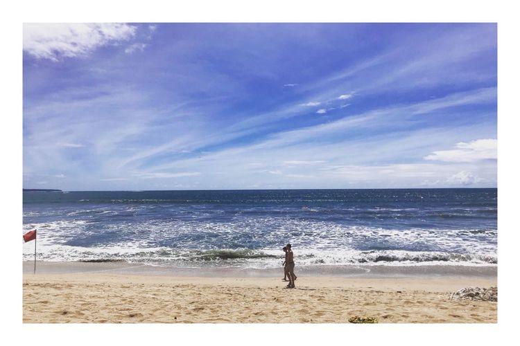 Kuta Beach Land