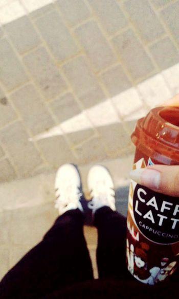 Coffee ☕ Girl Tumblr Style. Goals Adidas Originals Bershka Shop Tumblrgirl Picanya