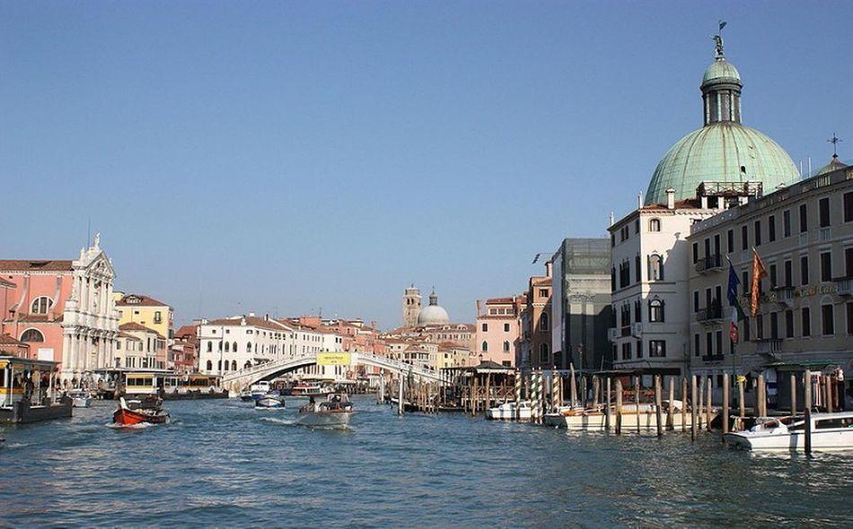 Veneza Venice Venice Canals Veniceview Venicelandscape Canalviews Gondola Grandcanal Canalview Gondolaride