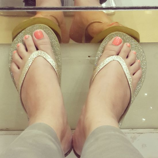 Hapoy feet!! Relaxing